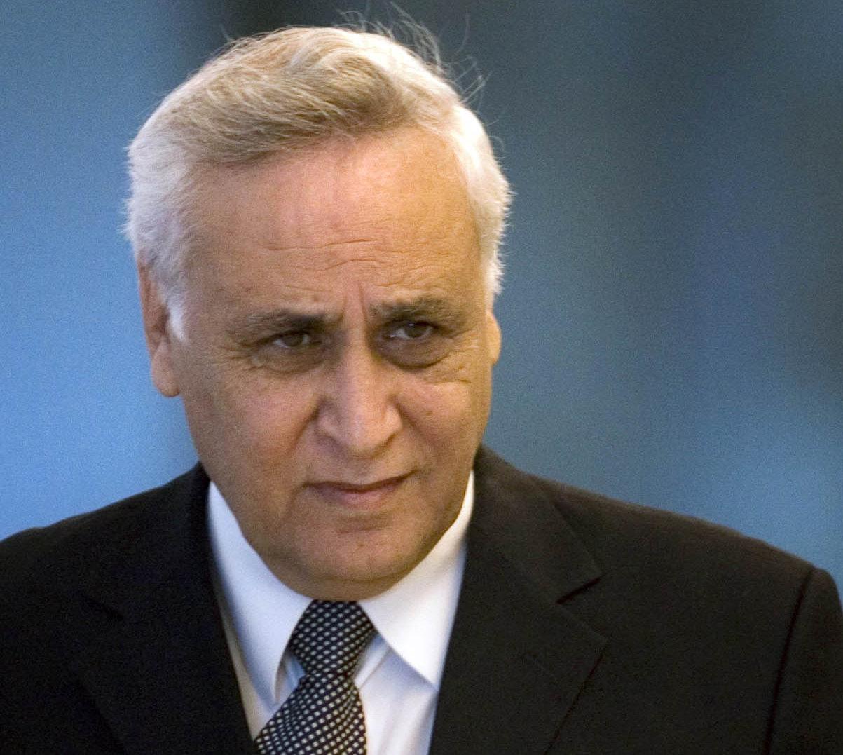 Moshé Katsav, condamné pour viol, réclame une liberté anticipée- Archive Site de la chaîne AlManar - Liban